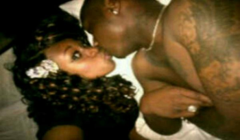 Davido In Bed With … Who The Heck Is That???