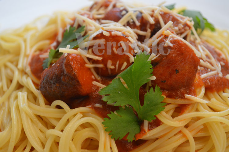iCook: Pasta With Johnsonville Smoked Brats (Fall Comfort Food)