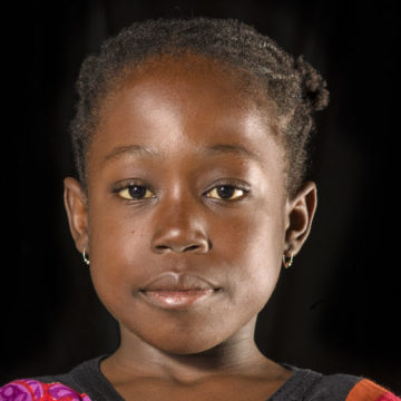 African-Girl-Chinasa---Display-Verastic